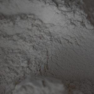 farine semi complète du local en bocal